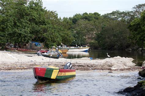 jamaica fishing boat file negril fishing boats photo d ramey logan jpg