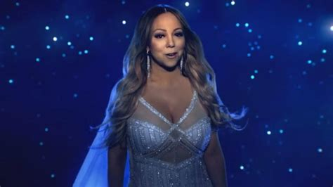 mariah carey c section mariah carey postpones christmas tour after doctor ordered