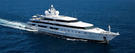 yacht motor boat services boats for sale for a great holiday experience yamol