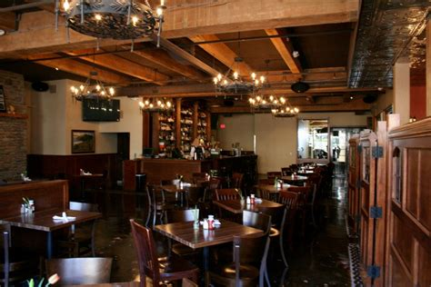 top portland bars kell s irish restaurant drink portland the best happy