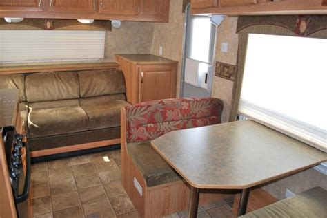 Rv Dining Table Bed Exceptional 20 Jayco Jayflight Travel Trailer For Rent In