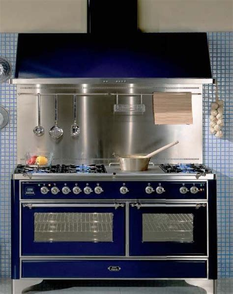 retro kitchen appliance store best 25 retro kitchens ideas on pinterest vintage