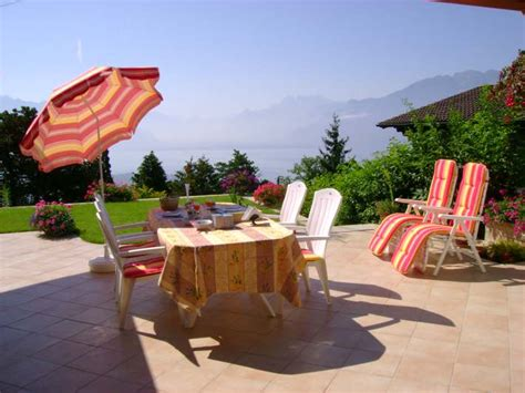 Bed And Breakfast Lake Geneva by Bed And Breakfast Chambres D H 244 Tes Bibiane Ren 233 Suisse