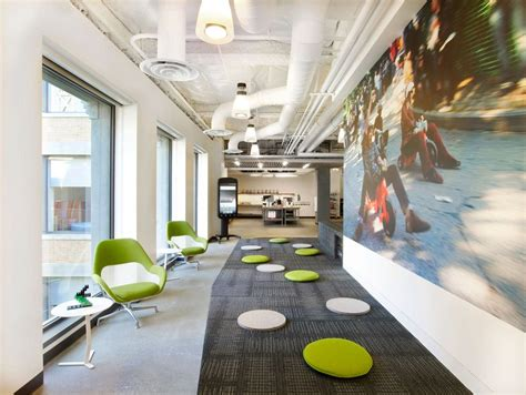 Open Floor Plan Layout by Google Office