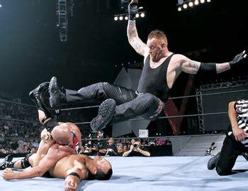 reverse wrestling wwf the rock the undertaker vs stone historia del wrestling the undertaker vs the rock vs kurt
