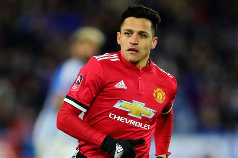 alexis sanchez daily star alexis sanchez man utd star is main threat to sevila