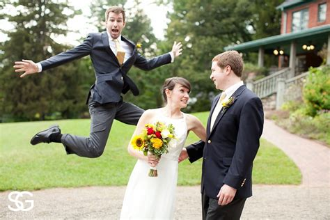mike myers vermont these wedding photobombs are hilarious fly by guff