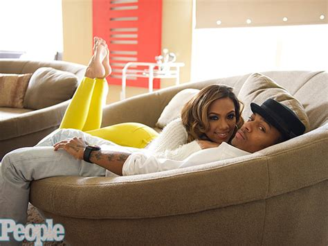 bow wow house why shad bow wow moss still lives with his mom great ideas people com