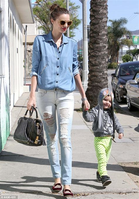 Pastel Blouse Happy Celana Denim miranda kerr shows she s a stylish as she takes