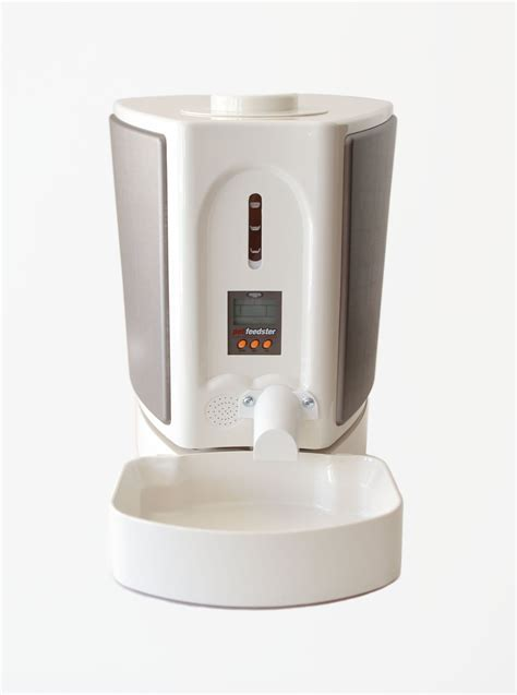 Best Automatic Cat Feeders pet feedster automated cat feeder review