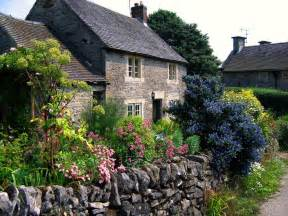 cottage in a joyful cottage inspire me monday cottage gardens