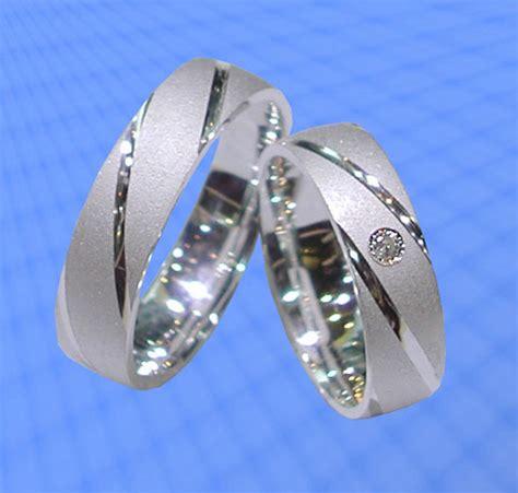 Eheringe Silber Mit Stein by Trauringe Eheringe Mit Stein Silber 925 J64 1