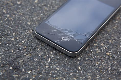 a j forsythe 25 year entrepreneur makes millions with iphone repair service icracked