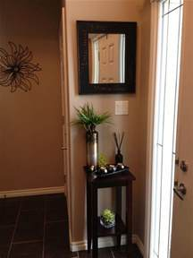 small foyer 25 best ideas about small entryway organization on