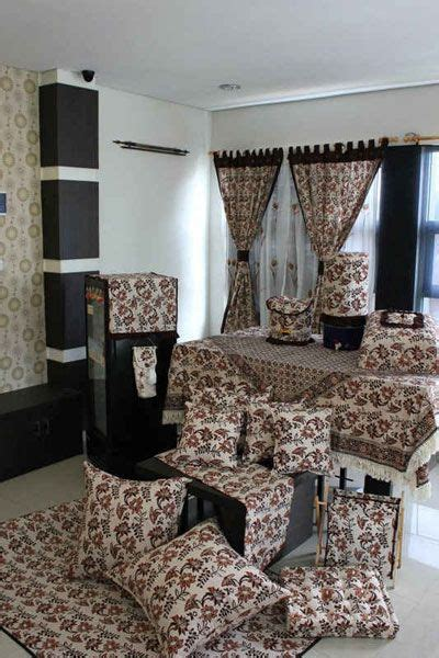Sarung Bantal Kursi Tamu Motif Wayang 1 Jual Homeset Batik Cap D Agde Home And