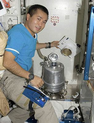 going to the bathroom in space life in space lessons online human spaceflight our