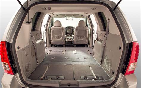 alamo 8 seater minivan from nissan elgrand to toyota tarago what makes a
