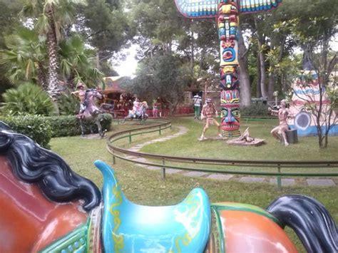 theme park zaragoza parque de atracciones zaragoza spain address phone