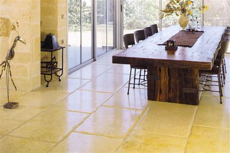pietre per interni prezzi pavimenti in pietra per interni