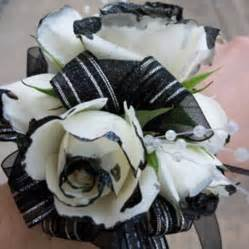 black and white corsage black and white corsage this look but would use black glitter instead of paint