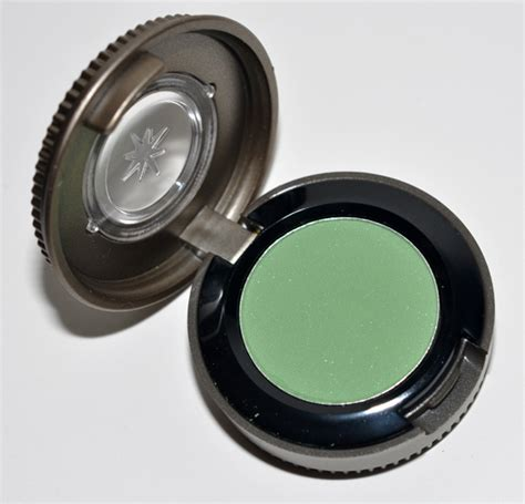 Review Eyeshadow Matte Inez decay chronic matte eyeshadow review photos swatches