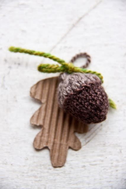cute fall autumn acorn nut pattern christmas ornaments 10 adorable acorn crafts random acts of crafts