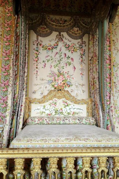 marie antoinette bedroom this is versailles the queen s bed chamber