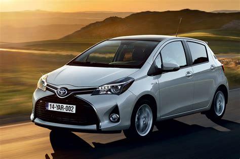 Toyota Hatchback In India Toyota Yaris Facelift Unveiled Autocar India