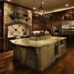 tuscan kitchen islands old world tuscan kitchens i love the warmth of the woods