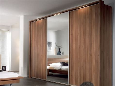 Wooden Wardrobe Designs For Bedroom Wooden Wardrobe Design Using Chic Sliding Doors For Stylish Bedroom Plan Lestnic