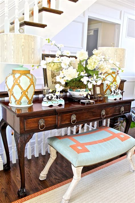 mark sikes to chair lf showhouse 2012 hton designer showhouse first look