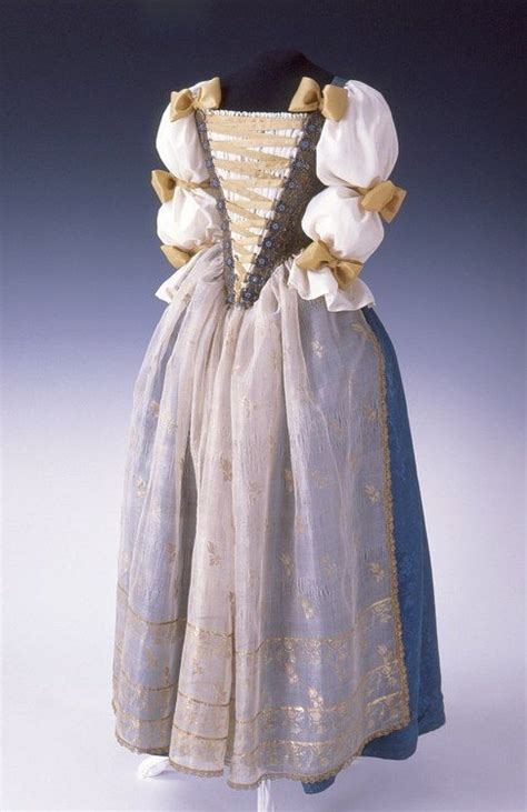 fashionsfromhistory possible court dress late 18th
