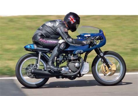 Motorrad Gp 2 Technische Daten by Tracktest Triumph 500 Gp Motorradtests Motorrad