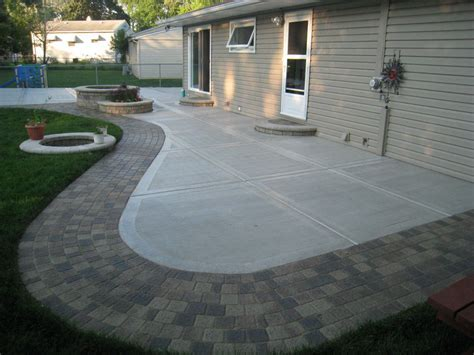 Modern Patio with Stamped Edges   Buchheit Construction