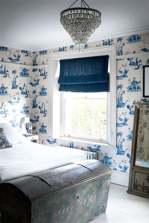 toile wallpaper bedroom white and blue french country bedrooms design ideas
