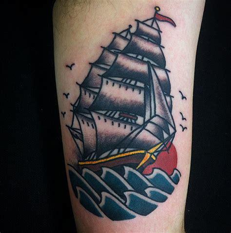 tattoo old school perna 13 tatuadores brasileiros experts em old school follow