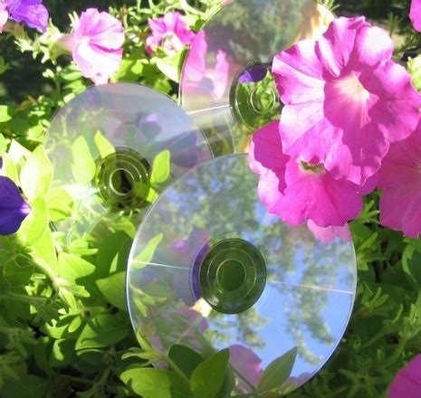10 creative ways to reuse cds things i like reuse creative and cd crafts