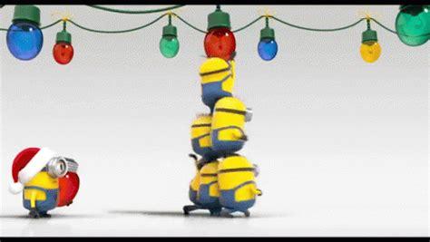 gifs de amor minions minions say merry christmas gif christmas minions