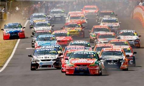car race the new era for v8 supercars comment photos 1 of 6