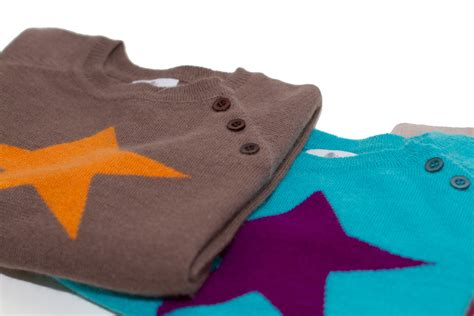 Wall Stickers Boys pure cashmere twinkle star jumper in chocolate brown and