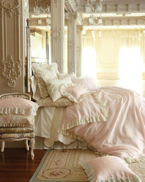Shabby Chic Bedroom Ls by 33 Sweet Shabby Chic Bedroom D 233 Cor Ideas Digsdigs