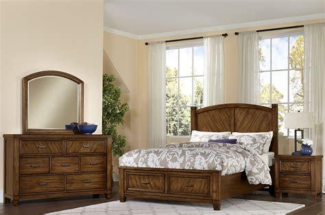 Rustic Bedroom Set With Storage Rustic Cottage Rustic Cherry Panel Storage Bedroom Set