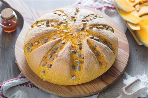 giallo zafferano pane fatto in casa ricetta pane alla zucca la ricetta di giallozafferano