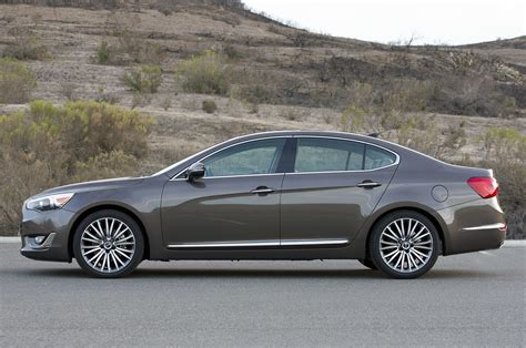 kia cadenza 2014 review 2014 kia cadenza review photo gallery autoblog
