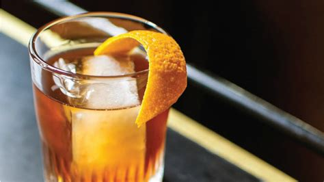 classic old fashioned cocktail how to make an old fashioned cocktail the right way