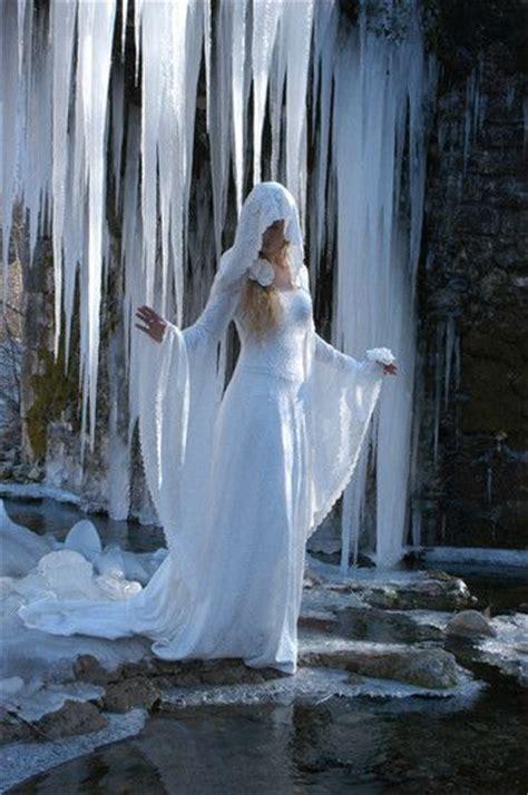 robe dame robe de mari 233 e dame blanche princesse de la foret