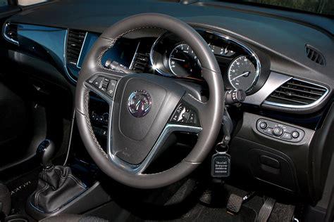 vauxhall mokka interior vauxhall mokka x review 2016 parkers