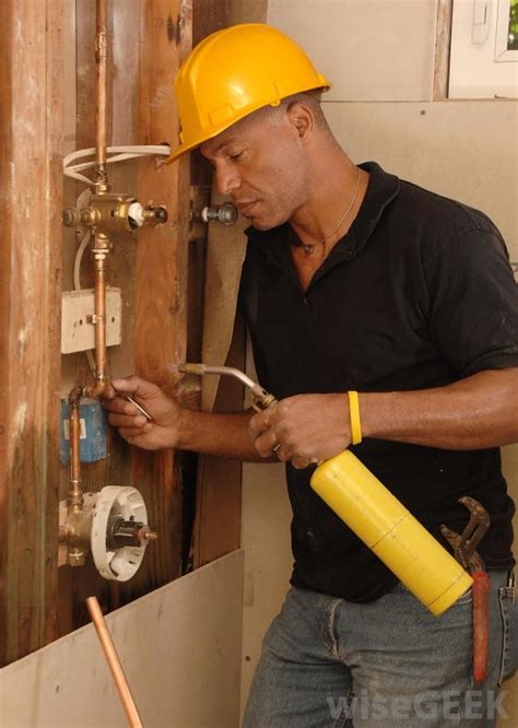 Plumbing And Pipefitting what is the difference between plumbers and pipefitters