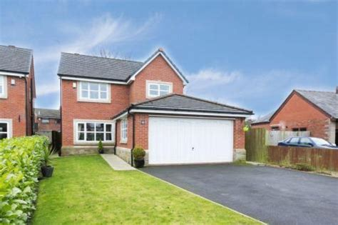 houses for sale with 4 bedrooms properties for sale in shevington flats houses for