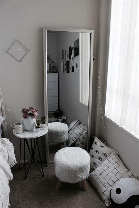 25 best ideas about white bedroom decor on pinterest black white grey marble minimalist gold bedroom decor
